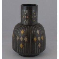 布目象嵌砧型花瓶