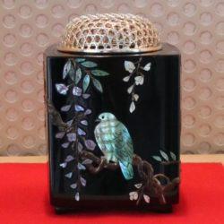 飾香炉 青貝錆絵 花鳥図(藤に山鳩)