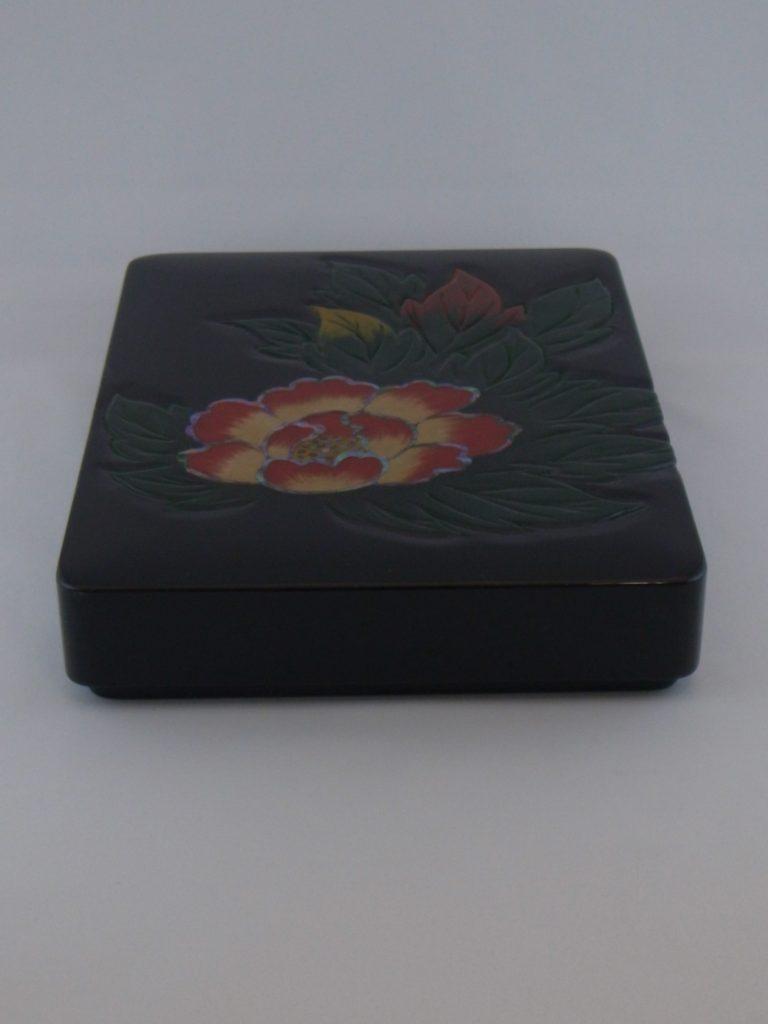 牡丹彫(彩)